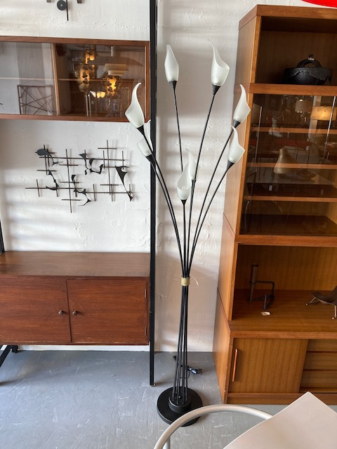 iron & glass shades stand lamp