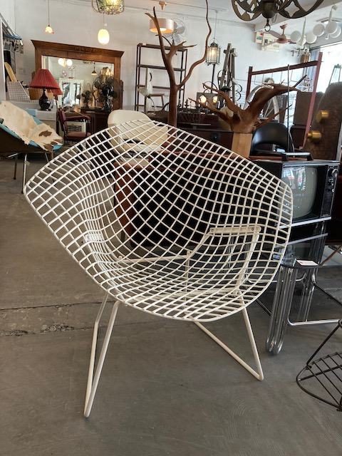 "Harry Bertoia ""diamond"" chair/ knoll"